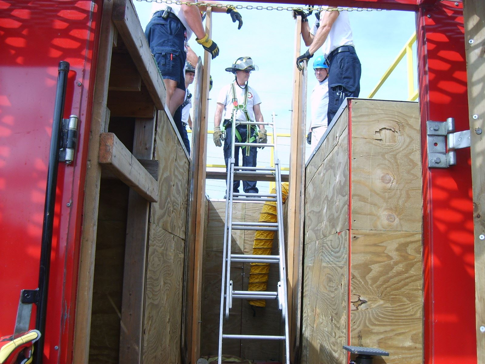 Fire Department Completes Training on Confined Space and Trench Rescue